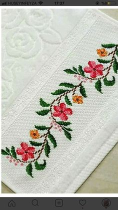 Diy And Crafts, Paper Crafts, Crochet Bedspread, Cross Stitch Flowers, Cross Stitching, Embroidery Stitches, Elsa, Crochet Patterns, Floral