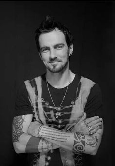 Adam Gontier. The angry one