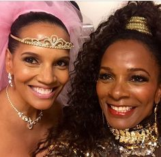 It's like time stood still for these Shari Headley who portrayed Lisa McDowell and Vanessa Bell Calloway who portrayed Princess Imani in 'Coming To America' look exactly the same as when the film came out almost 30 years ago! Black Actresses, Black Actors, Black Celebrities, Celebs, Classic Actresses, Black Girls Rock, Black Girl Magic, My Black Is Beautiful, Beautiful People