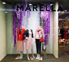 Floral trend represented by flower garland composition in popular violet shades. Floral Garland, Flower Garlands, Color Trends 2018, Warsaw Poland, Saturated Color, Creative Industries, Composition, Ballet Skirt, Pastel