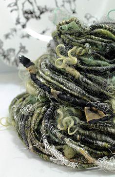 Sheeping Beauties | Amphibian | corespun | angelina + firestar + wensleydale cotswold X locks + romney + merino + silk noil + silk threads + sari ribbon + woven silk