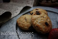 The Hobbit: Buttered Scones - Feast of Starlight White Chocolate Macadamia Cookies, Clotted Cream, Party Snacks, Desert Recipes, The Hobbit, Scones, Cooking Recipes, Recipes, Hobbit