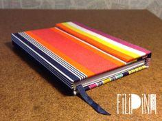 'Rayado I' MiniBook Cierre con Imán .  Tamaño A6: 15x11 / 65 hojas lisas. Modelo Exclusivo Filipina.