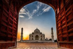 Morning Taj | by Santo(Thanks for 1.5 Million++views!!)