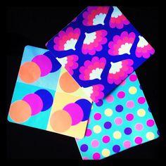 Agora temos também disponíveis adesivos para laptop e azulejo! Os de azulejo são R$8,00 cada, com preços especiais para grandes quantidades ;)     Se quiser encomendar envie um email para contato@lemodiste.com.br ou ligue 21 32562199.