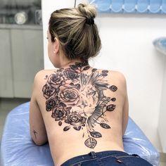 2020 Checky Tattoos to Rock - Vincisjournal Dream Tattoos, Rose Tattoos, Sexy Tattoos, Unique Tattoos, Beautiful Tattoos, Girl Tattoos, Tattoos For Guys, Back Tattoo Women Full, Dragon Tattoo For Women