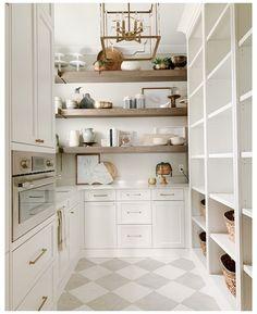 Kitchen Pantry Design, Prep Kitchen, Messy Kitchen, Kitchen Butlers Pantry, Kitchen Buffet Cabinet, Kitchen Built Ins, Kitchen Ideas, Kitchen Pantry Storage, Kitchen Cabinets