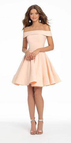 This short cocktail dress totally has us BLUSHING: the flirty off the shoulder neckline and fitted bodice complemented by the box pleated skirt is a fun look for holiday celebrations, birthday parties or a wedding RSVP! Rock this look with rhinestone heels, drop earrings and a satin bow clutch. Dama Dresses, Hoco Dresses, Dresses For Teens, Pretty Dresses, Homecoming Dresses, Sexy Dresses, Evening Dresses, Casual Dresses, Fashion Dresses