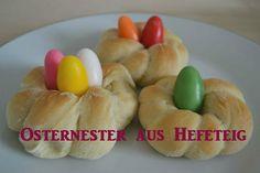 Osterrezept: Bunte Osternester aus Hefeteig - www.kinderzeit-bremen.de