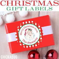 Personalized Christmas gift labels make gift-giving super easy! Choose from lots of Christmas designs and personalize them with the name of your choice.