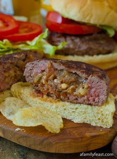 Bacon and Blue Cheese Stuff Burgers - Recipe includes a tutorial for a really easy way to prepare burgers stuffed with a filling.