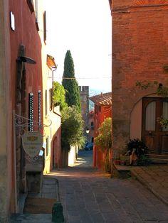 Buggiano Castello
