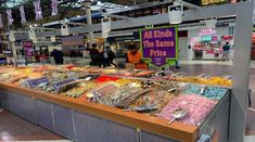 A Sweet Stall At London Victoria Train Station Central London England On Sunday Night 29 August 2021