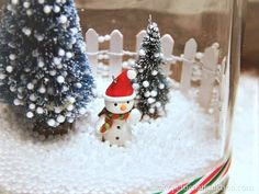 Snowman Winter Snow Scene In a Glass Jar