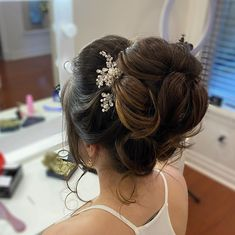 """GLAM IN VAN BEAUTY on Instagram: """"Seriously in love with this romantic updo from the weekend. This bride is going to look beyond stunning on her big day - can't wait! Hair…"""""""
