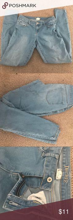 Blue denim jeans Light denim jeans. Don't remember where I got them from. I think JCPennys Decree Pants Skinny
