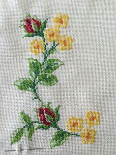 The most beautiful cross-stitch pattern - Knitting, Crochet Love Cross Stitch Letters, Cross Stitch Bird, Beaded Cross Stitch, Cross Stitch Borders, Simple Cross Stitch, Cross Stitch Samplers, Cross Stitch Flowers, Modern Cross Stitch, Cross Stitch Embroidery