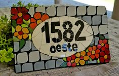 #número #home #mosaico #colores #mandalas #jardin #azulejo Mosaic Art, Mosaic Glass, Stained Glass, Different Font Styles, House Numbers, Letters And Numbers, Asd, Folk Art, Art Decor