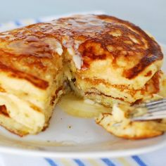 Lemon buttermilk pancakes - these are fat and fluffy and delicious but the batter only makes about 12 pancakes. The lemon zest sounds good but I didn't have any lemons, so they were just plain buttermilk pancakes. Breakfast And Brunch, Breakfast Pancakes, Breakfast Dishes, Breakfast Recipes, Polish Breakfast, Breakfast Healthy, Lemon Pancakes, Buttermilk Pancakes, Buttermilk Syrup