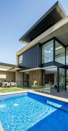 World of architecture: Contemporary Higham Road Home in Melbourne, Australia.