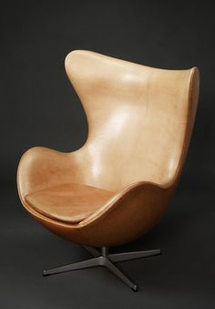 Arn Jacobson Egg chair (1958), designed for the  Radisson SAS hotel in Copenhagen, manufactured by Republic of Fritz Hansen |Pinned from PinTo for iPad|