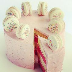 macaroon cake another cool idea