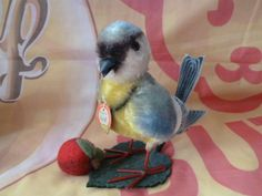 """Yes,ANOTHER mohair Blue Tit-cant tell i love 'em,can you??STEIFF Bird Tit, Mohair, wire legs,all  ID's;6.8"""" , very good condition"""