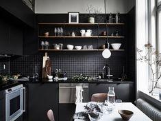 The best kitchen decor inspirations for your industrial home interior design. Dark Kitchen Cabinets, Kitchen Dining, Kitchen Decor, Kitchen Ideas, Kitchen Shelves, Kitchen Designs, Dining Room, Kitchen Trends, Kitchen Photos
