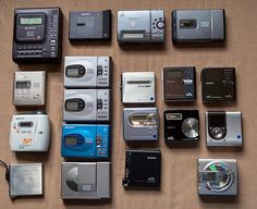 All of my portable MiniDisc machines photographed together for the first time Audiophile Speakers, Hifi Audio, Radios, Sony, Retro Arcade, Old Video, Boombox, Tech Gadgets, 1990s