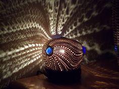 Lampe d'ambiance en noix de coco sculptée  Carved white (young) coconut lamp : €75 . Visit our online shop with the link below (Lampe en noix de coco blanche,visitez notre boutique en cliquant le lien suivant: VENDUE/SOLD