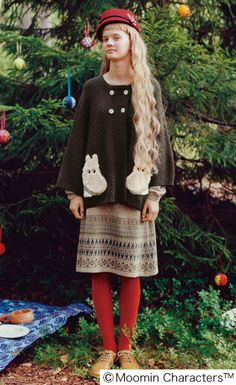 FI dress, red tights, and a sweater with hippo pockets. Mori Girl Fashion, Modest Fashion, Quirky Fashion, Kawaii Fashion, Pretty Outfits, Beautiful Outfits, Red Tights, Forest Girl, Japanese Outfits