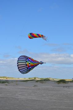 Wind, Rømø, Denmark, via Flickr. Kite Flying, Island, Danish, Places To Visit, Sky, Dreams, Memories, In This Moment, Pictures