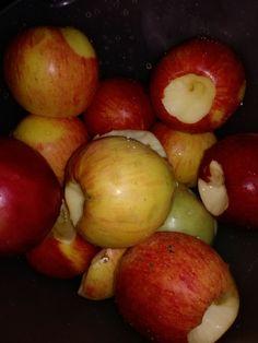 Můj oblíbený ranní detoxikační nápoj- jablečný ocet. - Čarovná lékárna kolem nás Detox, Apple, Fruit, Vegetables, Health, Syrup, Apple Fruit, Health Care, Vegetable Recipes