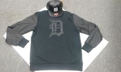Where are all the #DBoyz at  #exclusive all Black #detroit #Mitchell&Ness sweater w/ #newEra Detroit #tigers #snapback!  only at #StrictlyDetroitStreetwear