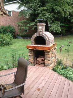 The Shiley Family Wood Fired Brick Pizza Oven in South Carolina. Built with the Mattone Barile DIY Pizza Oven form by BrickWood Ovens. #deckideas