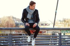 Michalsky Sneaker, Weekday Jeans, All Saints Jacket, H&M Scarve