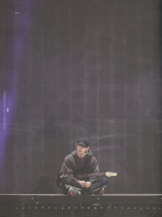 Chanyeol sitting on stage with a guitar Park Chanyeol Exo, Baekhyun Chanyeol, Exo Exo, Chansoo, Chanbaek, Shinee, Kpop Backgrounds, Exo Concert, Kim Minseok