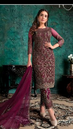 Pakistani Suit With Pants, Pakistani Suits, Anarkali Suits, Pakistani Dresses, Abaya Fashion, Fashion Pants, Fashion Dresses, Designer Salwar Suits, Designer Dresses