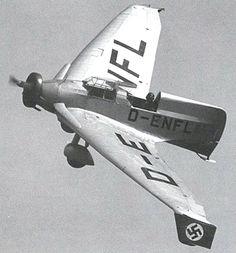 Aircraft - L'avion expérimental (aile delta) allemand Lippisch Delta IV DFS 39 (D-ENFL)   by ww2gallery