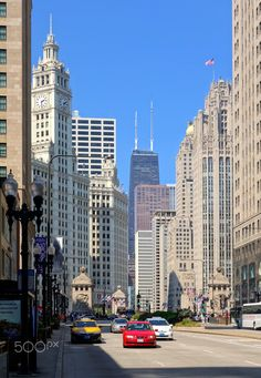 Chicago (USA) - Chicago in USA. Beautiful Places In The World, Most Beautiful, Chicago Usa, New York Skyline, Travel Tips, Travel Advice, Travel Hacks
