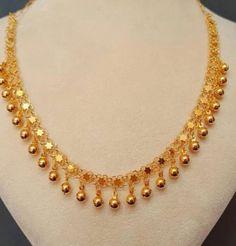 Kerala Jewellery, Fancy Jewellery, Gold Jewellery Design, Bead Jewellery, Indian Jewelry, Gold Jewelry Simple, Simple Necklace, Necklace Set, Gold Necklace