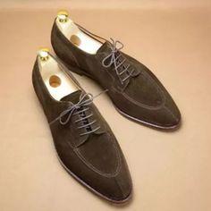 Vintage British Suede Leather Men's Casual Shoe Casual Leather Shoes, Suede Leather, Leather Men, Casual Shoes, Men Casual, Mens Fashion Shoes, Shoes Men, Mens Suede Shoes, Fashion Suits