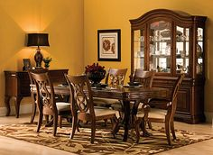 Belmont 7 Pc Dining Set Nice