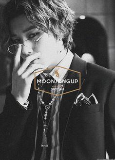 these glasses ~(*__*~) Jongup Bap, Youngjae, Jung Daehyun, Korean Group, Kpop Guys, Korean Artist, Celebs, Celebrities, Celebrity