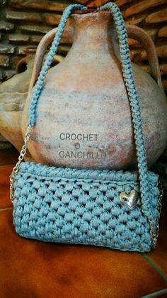 Bolso de trapillo argent con cadena by Crochet o ganchillo