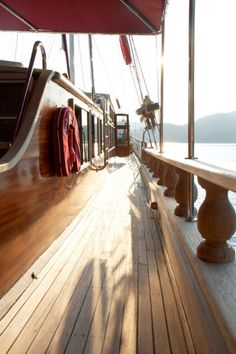 i love wooden boats