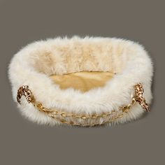 donatella faux fur dog bed