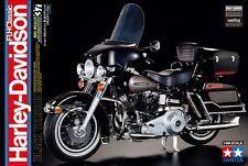 MODEL KIT === Harley Davidson FLH Classic Black Version - 1:6 Scale === TAMIYA