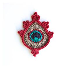 This is a listing for a PDF photo tutorial pattern in ENGLISH and not for the finished item. This crochet peacock feather applique or motif called Kekaa is my own original design. It measures 8 x 10cm / 3.2 x 4in and I make it using 100% mercerized cotton and a 2.5mm hook / C