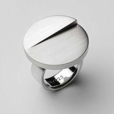 Modern Silver Rings at ORRO Glasgow UK Great Britain by Patrik Hansson